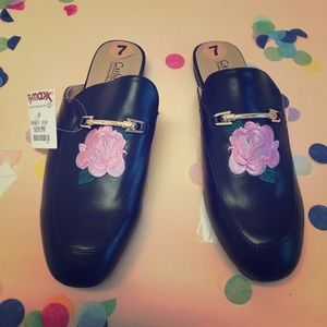New! Black Leather Embroidered Mules